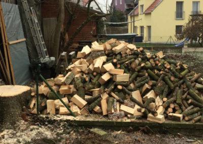 Gespaltenes Holz